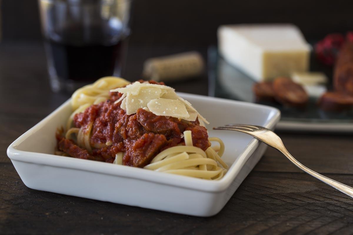 Pasta mit Chorizo-Tomaten-Sauce