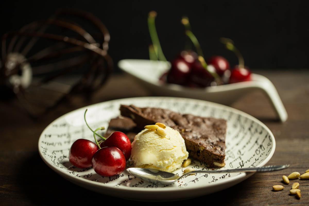 vanilleeis mit pininekernschnitte-5