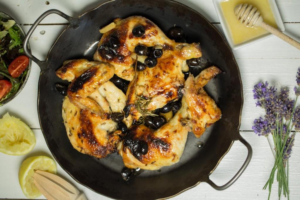 Lavendel-Honig-Huhn mit Oliven