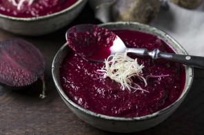 Rote-Bete-Suppe mit Meerrettich-5