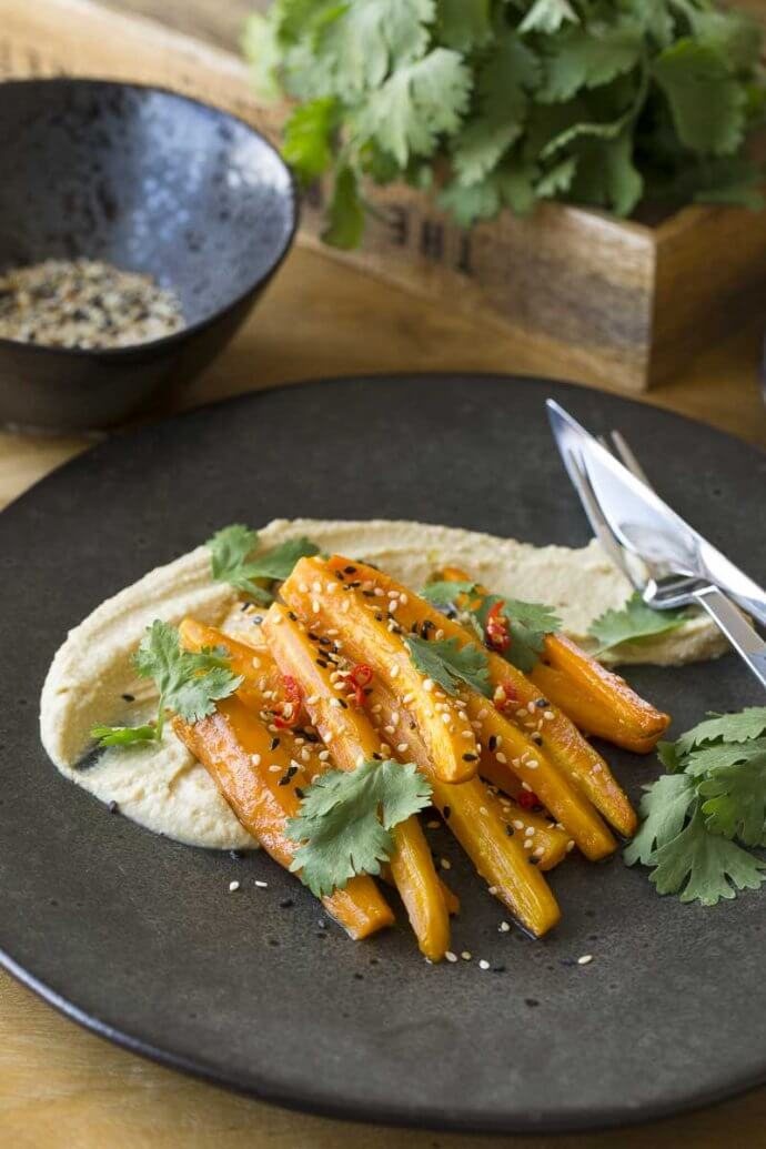 Hummus mit Möhren