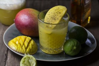 Mango Gin Cocktail