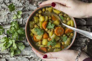 Indisches Gemüsecurry mit Flaschenkürbis